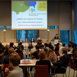 30.09.2015 Politik und Jugend im Dialog