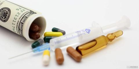 Spritze, Kanüle, Tabletten