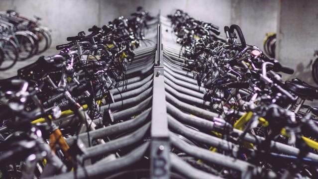Fahrräder am Fahrradständer