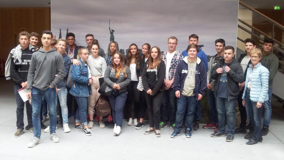 Schülerinnen und Schüler der Albert-Einstein-Realschule Essen