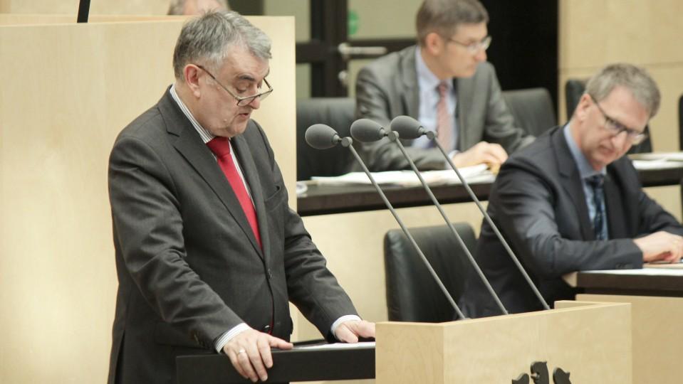 Innenminister Herbert Reul im Bundesrat, 967. Sitzung